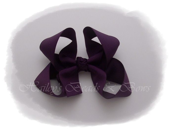 Basic Boutique Bow plum-toddler baby hair bow, small hair clips, boutique hair bows, buy hair bows online, hairbow boutiques online, handmade Louisiana hair bows, purple hair bows, lsu colors hair bow