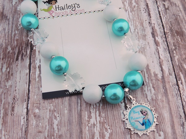 Elsa Frozen-frozen bubblegum necklaces, frozen chunky bead necklaces, photography props, photo props, frozen party, character necklaces