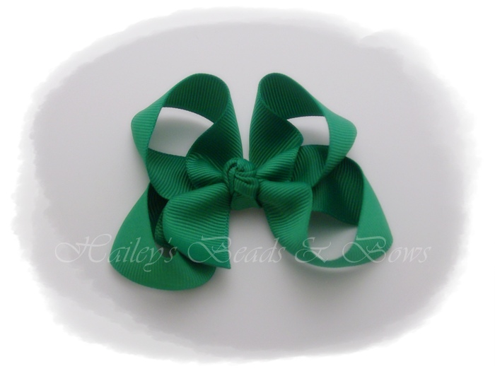 Basic Boutique Bow green-small boutique hair bow, green toddler baby hair bow, small hair clips, ribbon art clips, woven headbands, handmade louisiana, buy hair bows online